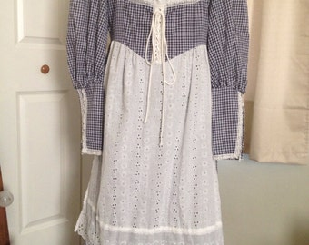 Altered size 13 milkmaid gingham Gunne Sax dress. Make me an offer.