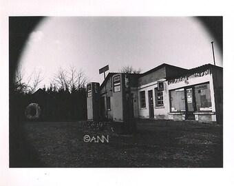 Station Service-Photography - Art Print - 13x20cm size