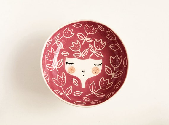 Ceramic serving bowl - red serving bowl - face illustrated bowl in Dark Red colour - face plate -  MADE TO ORDER