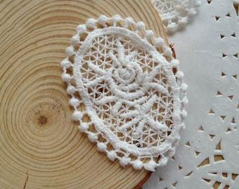 Retro White Lace Applique, Cotton Lace Applique, Craft Supply, 2 Pcs