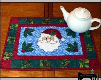 PDF Pattern - Santa Table Runner, Christmas Table Runner, Christmas Table Topper Pattern, Santa Quilt Pattern, Sewing Pattern, Tutorial, DIY