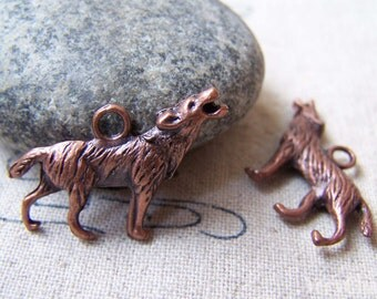 10 pcs Antique Copper Wolf Charms Pendants  20x26mm A5664