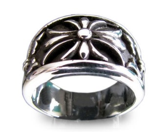 Medieval Cross Lily Knights Templar Band Ring in Sterling Silver 925