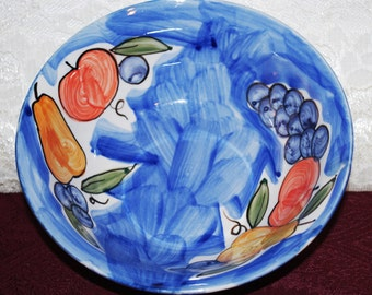 """Tabletops Unlimited Hand Painted Mista Blue W/ Fruit 7"""" Footed Bowl"""
