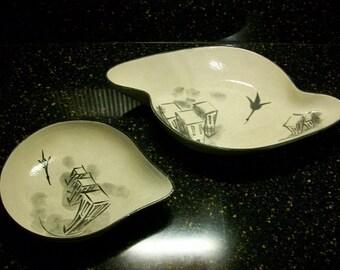Mid Century Modern Atomic Era Boomerang Art Pottery Nesting Bowls Signed Fe'