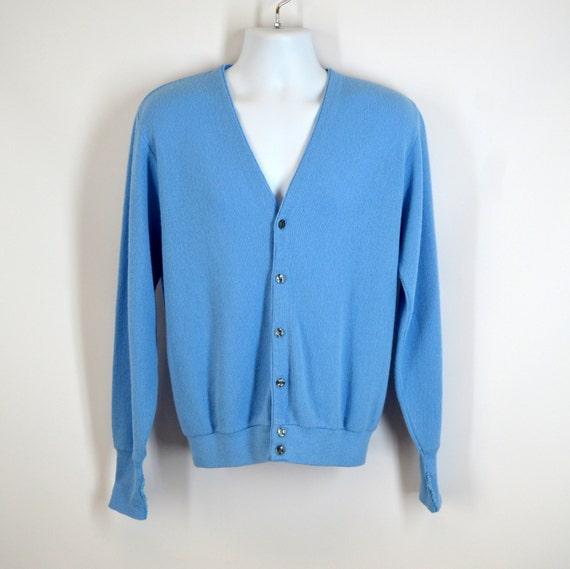Baby Blue Cardigan Sweater Acrylic Vintage 1980s Mens Large