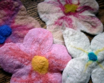 8pc Handfelted Flowers, Fine Merino Wool Roving / Lovely for Jewelry Making Crafts Applique Scrapbooking AssemblageMixed Media
