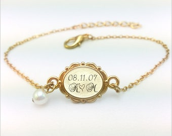 Gold Wedding Date Jewelry, Wedding Date Bracelet, Personalized Wedding Date, Anniversary Date Jewelry, Date Bracelet, Custom Date Jewelry