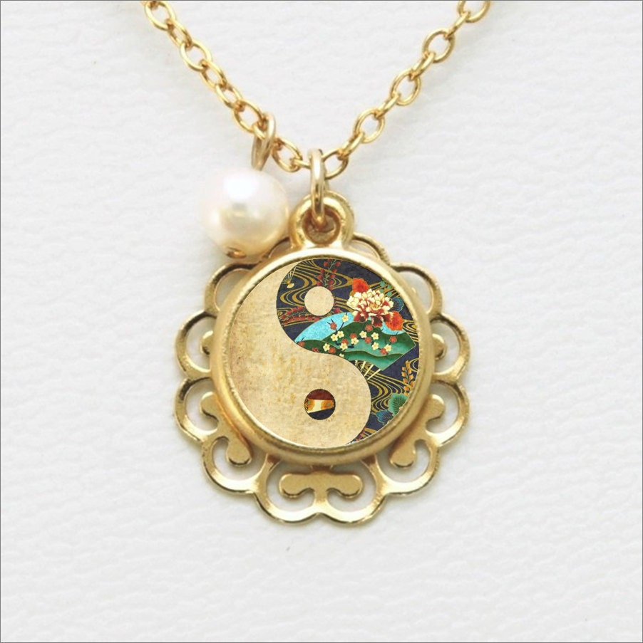 yin yang necklace yin yang pendant with pearl by