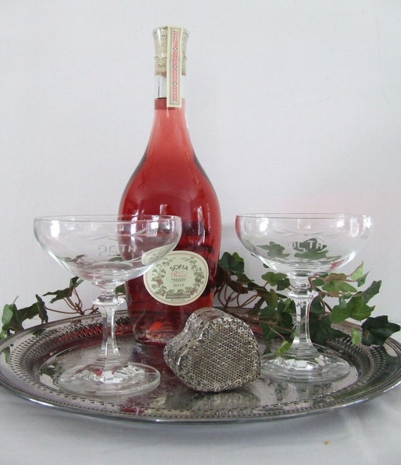 Set Of 2 Vintage Champagne Coupes Champagne Glasses