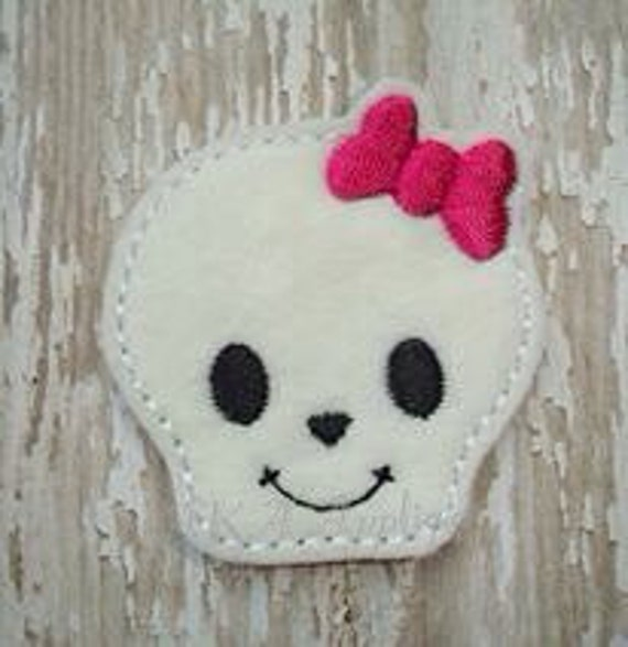 Maxine Skeleton Head Feltie Embroidery Design