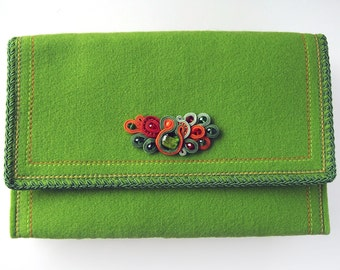 LIME - Elegant Felt Clutch with Soutache with Green Venetian Glass