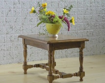 playscale table for dolls - momoko blythe barbie size furniture - 1/6 decorative table