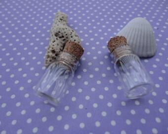 20pcs Mini glass bottles with corks 18x10mm--GF34