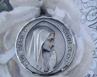 vintage French religious medal Virgin Mary ave maria