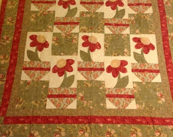 Flowers In a Pot Wall Hanging Quilt