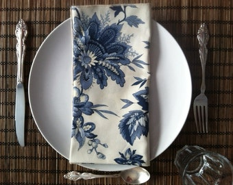 Blue and White set of (6) 18x18 cloth napkins