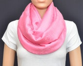 Pink paisley infinity Scarf - Pink scarf - Pink Infinity scarf - Fuchsia scarf - Fuchsia infinity scarf
