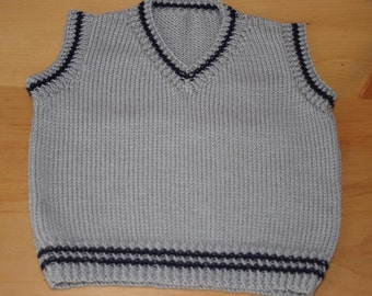Merino wool baby boys tank top, jumper, sweater. Grey with blue detail. V-neck. 0-3 months