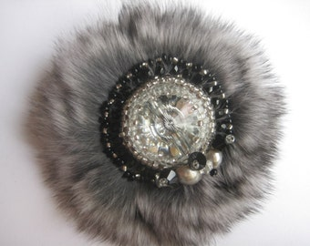 Hand made brooch with shinshila fur and svarovsky krystal