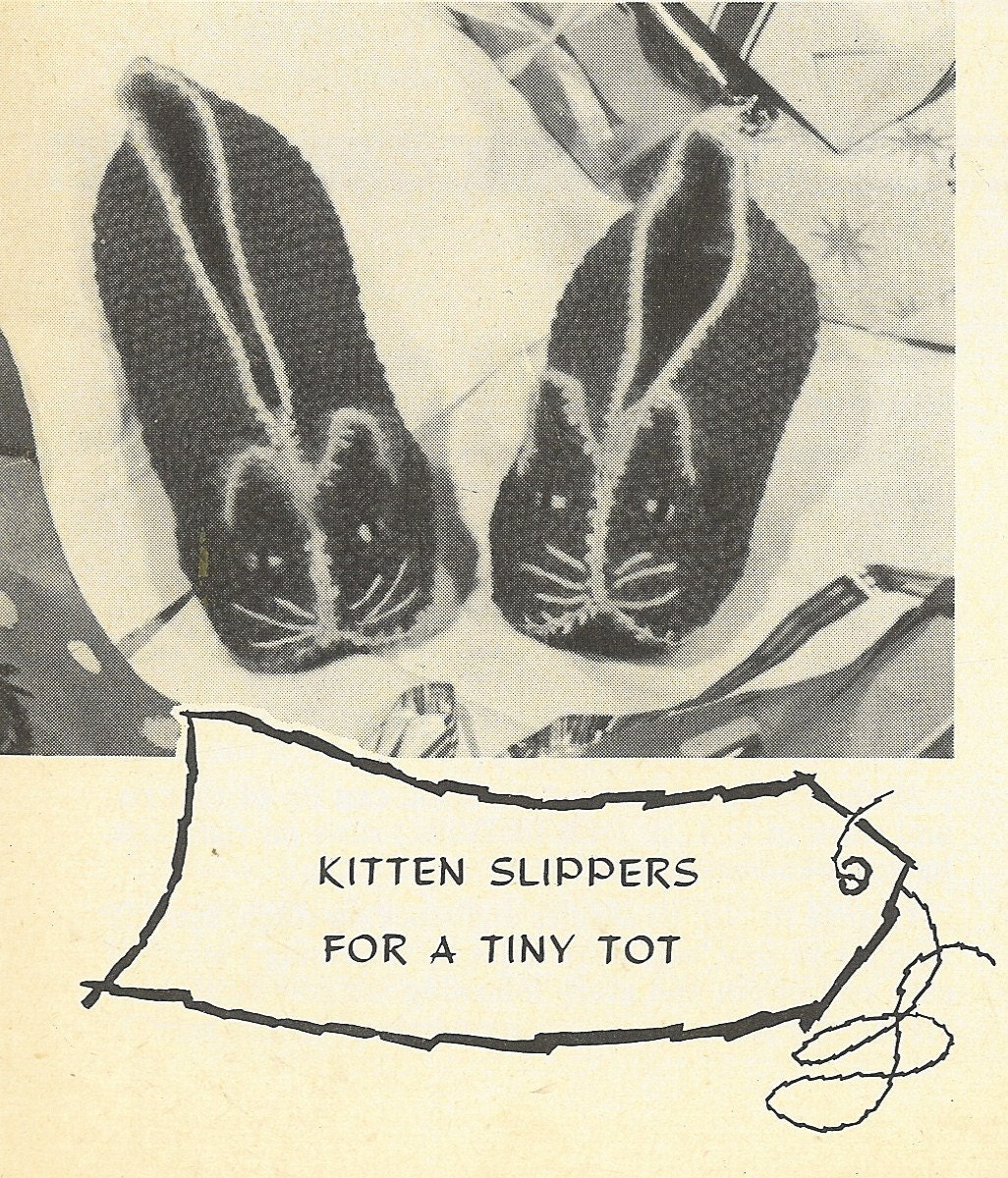 Kitten slippers vintage baby knitting pattern PDF by Ellisadine