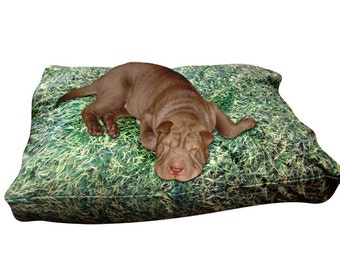 Grass rectangle dog bed. Dogzzzz tired of the same old plaids and stripes brings the rugged outdoors in makes it fun.Free shipping!