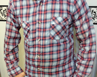 1970's Levi's Hipster Red and Blue Plaid Button Up Shirt, Vintage Levi's Hipster Western Shirt Size Medium