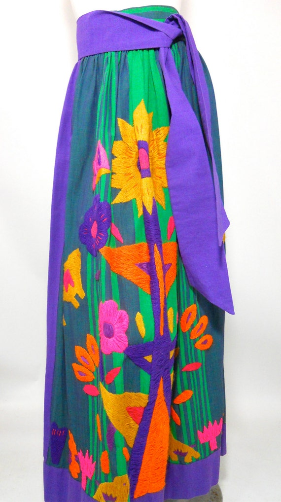 vintage mexican embroidered maxi skirt 1970s by