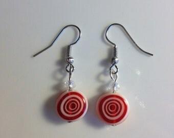 Red & white glass drop earrings