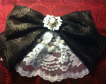Gothic Lolita hair clip and brooch