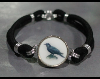 RAVEN Perching CROW Bird Dime Stretch Bracelet - One size fits most - Made In USA