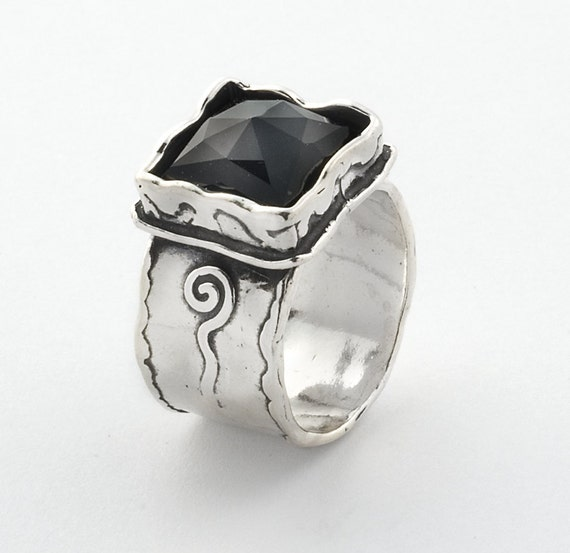 Sterling Silver Swirls Decorated Band Ring