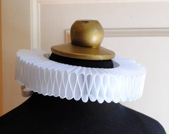 White Elizabethan Ruff Collar,Renaissance Costume Ruffle Collar,Mardis Gras Costume-Custom-Made to Order
