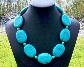 Lia - GORGEOUS Chunky 40mm x 30mm Turquoise Oval Gemstone Beaded Necklace