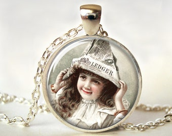 Victorian Art Pendant, Vintage Art Jewelry, Art Pendant, Picture Pendant, Print, Gift (0639)
