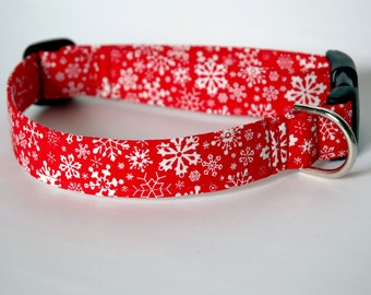 "Handmade Red w/ White Snowflake Medium Dog Collar ""New"""