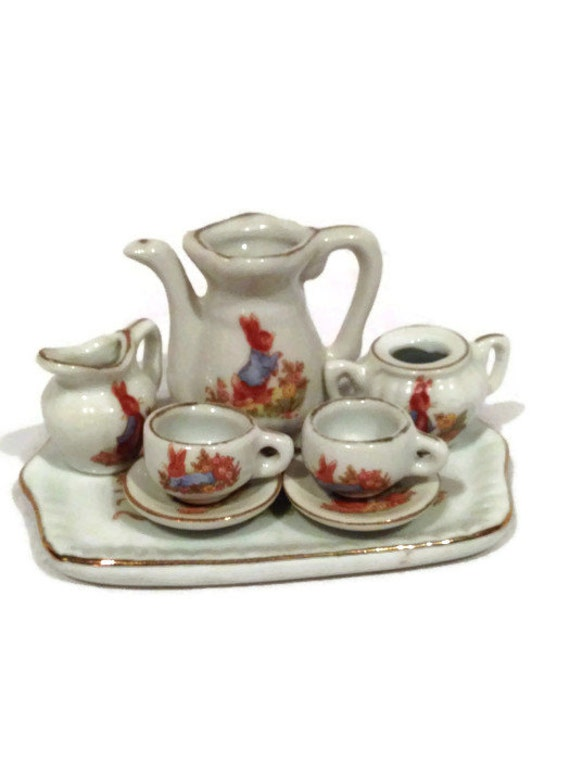 Peter Rabbit Tea Set 8 Piece Vintage Miniature By