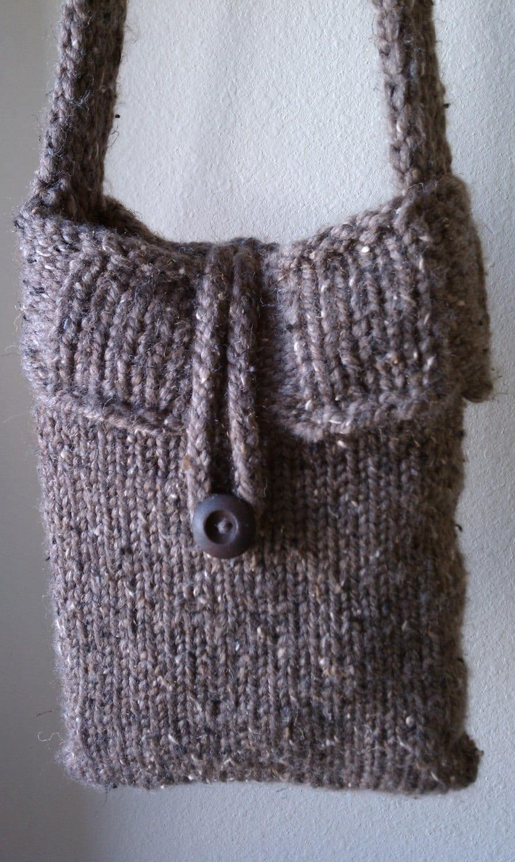 Loom Knitting Bag Patterns : Bucket Bag- a loom knit pattern