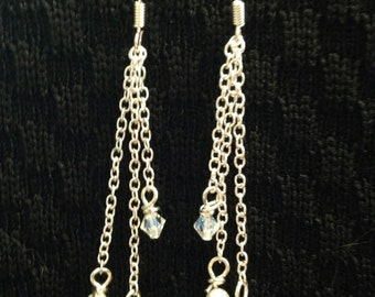 Simple and classy dangles