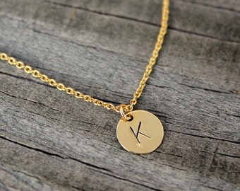 Gold Initial Necklace / Bridesmaid Gift / Gold Disc Initial Necklace / Hand Stamped Initial / Mothers Necklace / Mommy Jewelry / Gold Fill