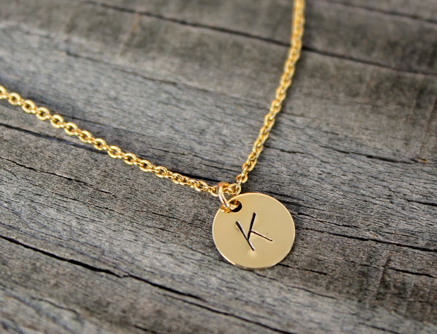 gold initial necklace bridesmaid gift gold disc initial. Black Bedroom Furniture Sets. Home Design Ideas