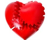 RED Glossy HEART TWISTER Mechanical Gear Mind Teaser Rotating 3D Printed Brain Toy