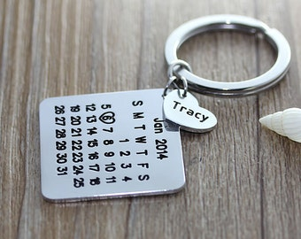 Personalized Calendar Keychain -  Hand Stamped Calendar - Date highlighted with heart - Anniversary, Wedding, Brithday