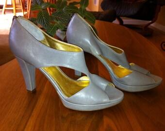 SALE - Gray Shoes - Size 6