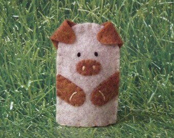 Little Piggy Finger Puppet - Oatmeal and Copper Pig Puppet Felt Finger Puppet Pig - Farm Animal Puppet - Pig Finger Puppet