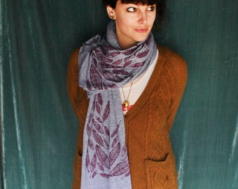 Screen Printed Jersey Scarf in Athletic Gray with Burgundy Feathers