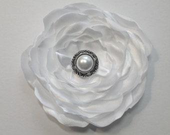 White Satin Bridal Flower Hair Clip.Brooch.Pin.wedding.hair piece.hair accessory.customize.handmade.fabric.Headpiece.Bride.Bridal.corsage