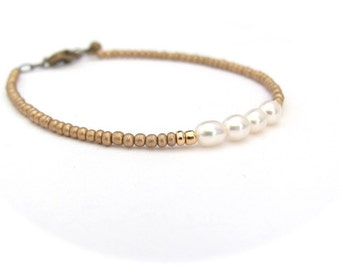 Pearl Bracelet, Seed Bead Bracelet, Gold Bracelet, Minimal Bracelet, Friendship Bracelet, Bridesmaid Jewelry, Wedding,, Hawaii Jewelry