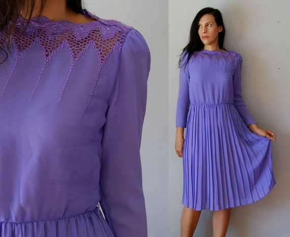 vintage TINY FLORALS day dress /  1980s LAVENDER shirt dress