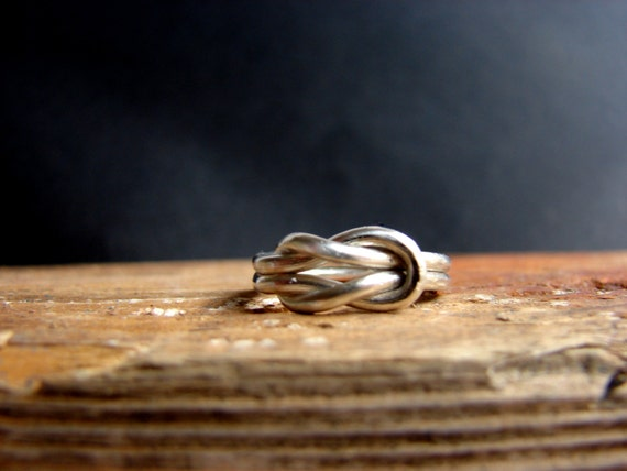 Infinity Ring - Valentine's Day, Best friend infinity ring Lovers Knot Ring